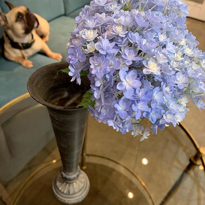 イランイラン店内に飾っているお花